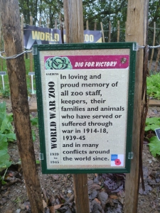 wartime zoo keepers memorial 003