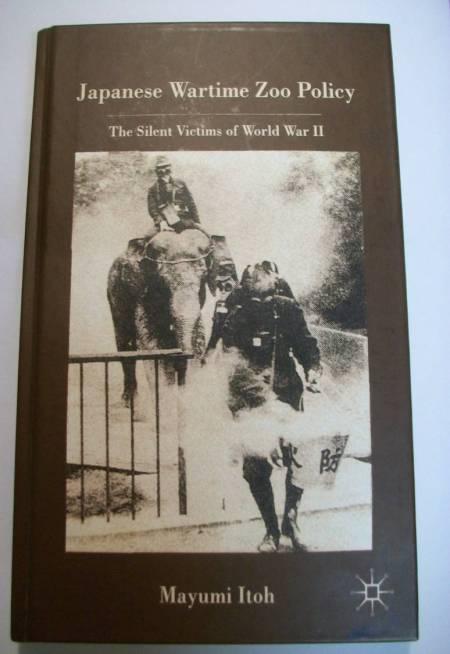 Mayumi Itoh Japanese zoo wartime book