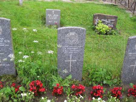 Jackson's headstone in Farsund Cemetery can be seen to the right of this CWGC image.