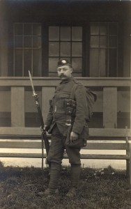 Walter Morland in his 5th Royal Scots uniform (Source: RBGE archives)