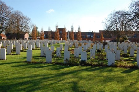 ZSL Keeper William Perkins is buried in Belgian Battery Corner Cemetery , Ypres, Belgium. Image: cwgc.org website
