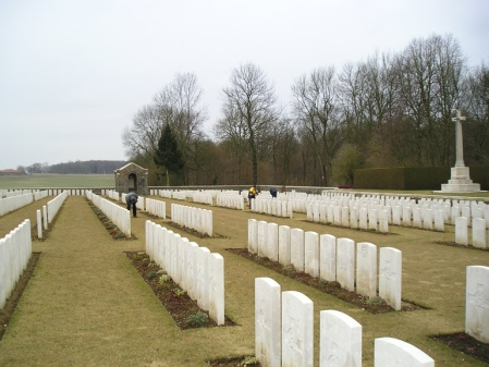 ZSL Helper G.P. Patterson's grave lies amongst those to the right of the Cross of Sacrifice, Connaught Cemetery, Thiepval, Somme. Image: cwgc.org website