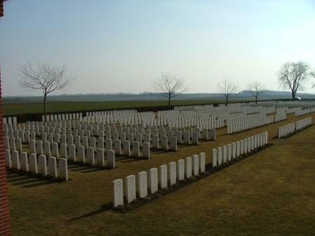The flat landscape and scale of the Somme cemeteries around Longueval can clearly be seen here. Image: London Cemetery, Longueval cwgc.org website