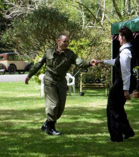 Trengwainton's 1940s singalong and lively dancing by re-enactors. Or is it unarmed combat training? Image - WWZG