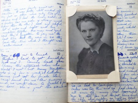 Peggy Jane Skinner's 1943 diary and a photo believed to be her. Source: Mark Norris, WWZG collection.