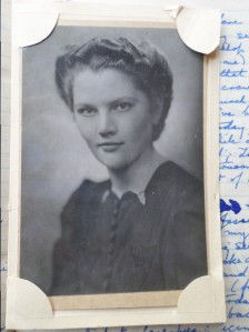 Close up of a portrait possibly of Peggy Jane Skinner, enclosed in her 1940s diaries. Source: Mark Norris, WWZG collection.
