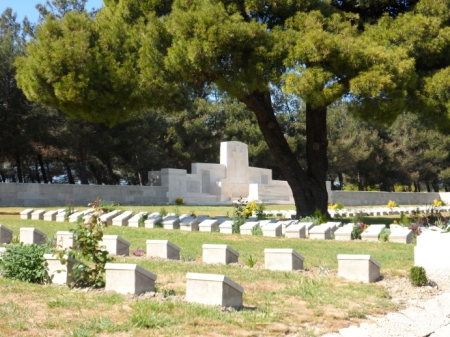Twelve Tree Copse Cemetery, Gallipoli (Image: CWGC)