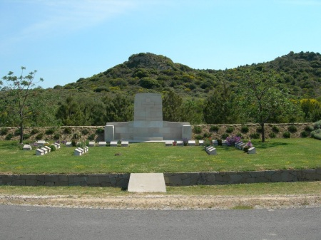 No 2 Outpost Cemetery, Dardanelles - Neville Manders special memorial 20 is just to the front right of the cross (image : CWGC)