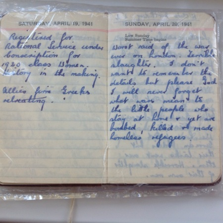 Doreen Kippen's diary entry April 20 1941 (image copyright: Mark Norris, private collection)