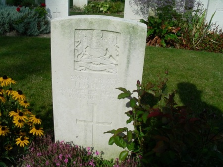 H. Mulroy's headstone, Ridge Wood Military Cemetery (source: International Wargraves Photographic Project)